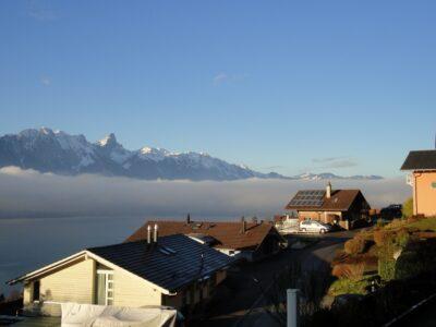 Aussicht Oberhofen - Blick Richtung Gantrisch Kette und Stockhorn
