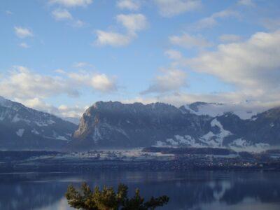 Aussicht Oberhofen - Blick Richtung Gantrisch Kette