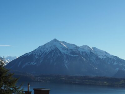 Aussicht Oberhofen - Richtung Niesen